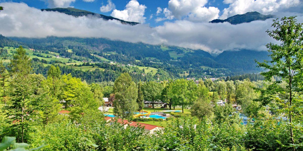 01 Camping am Waldbad mit Mobilhomes
